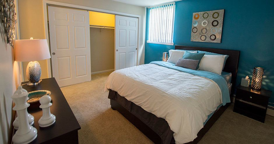 Spacious bedroom at Prentiss Creek at Downers Grove in Downers Grove, Illinois