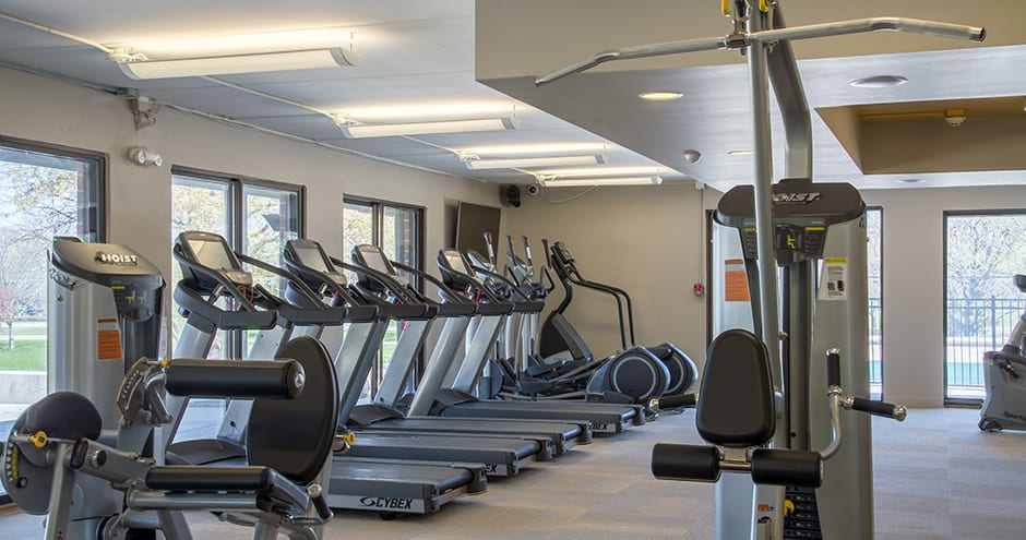 The Views of Naperville offers a spacious fitness center in Naperville, IL