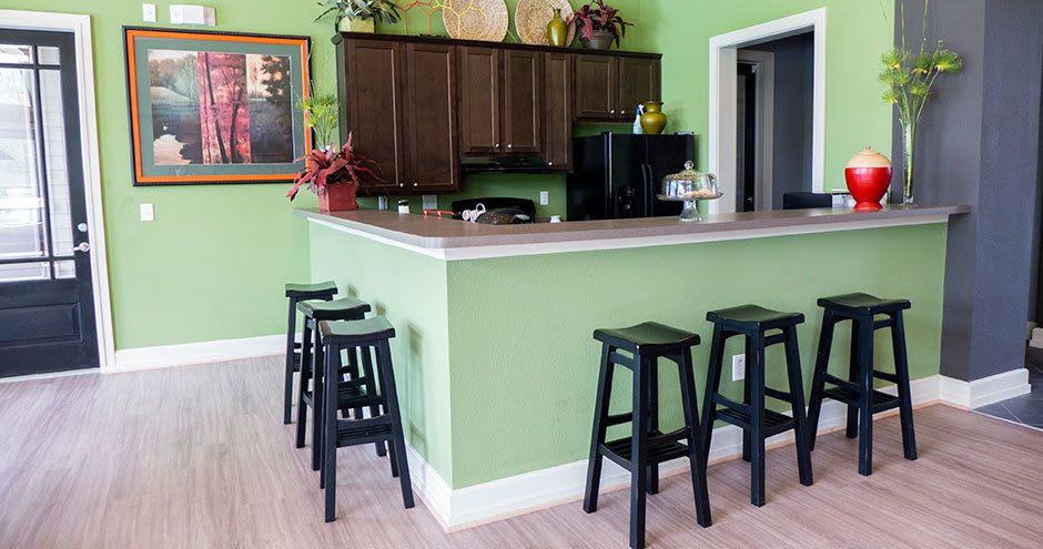 Kitchen at Stoneleigh on Kenswick Apartments in Humble, TX