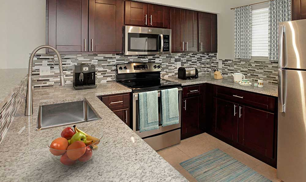 State-of-the-art kitchen at Pavilions at Deer Chase in Deerfield Beach, Florida