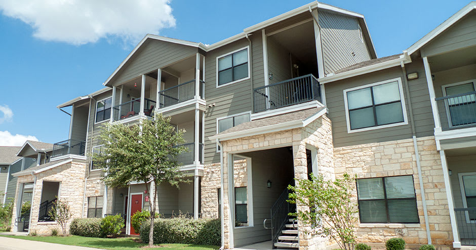 Buiding apartments at Republic Deer Creek Apartments in Fort Worth, TX