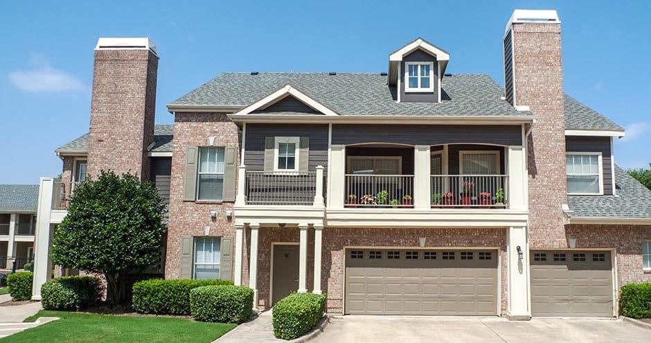 Enjoy the beautiful front view of Bella Vida at Coyote Ridge apartments