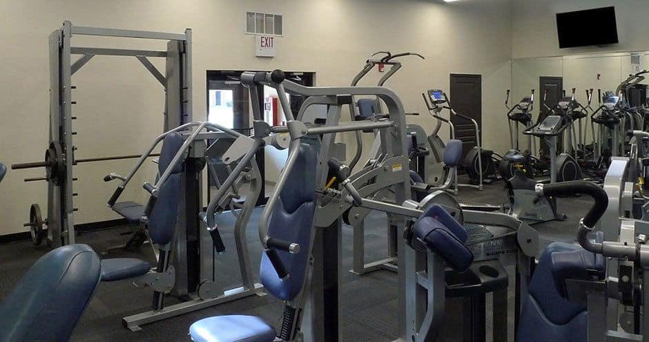 Bella Vida at Coyote Ridge offers a renovated fitness center in Carrollton, Texas
