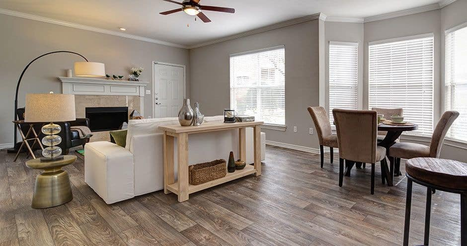 Bella Vida at Coyote Ridge offers a spacious living room in Carrollton, Texas