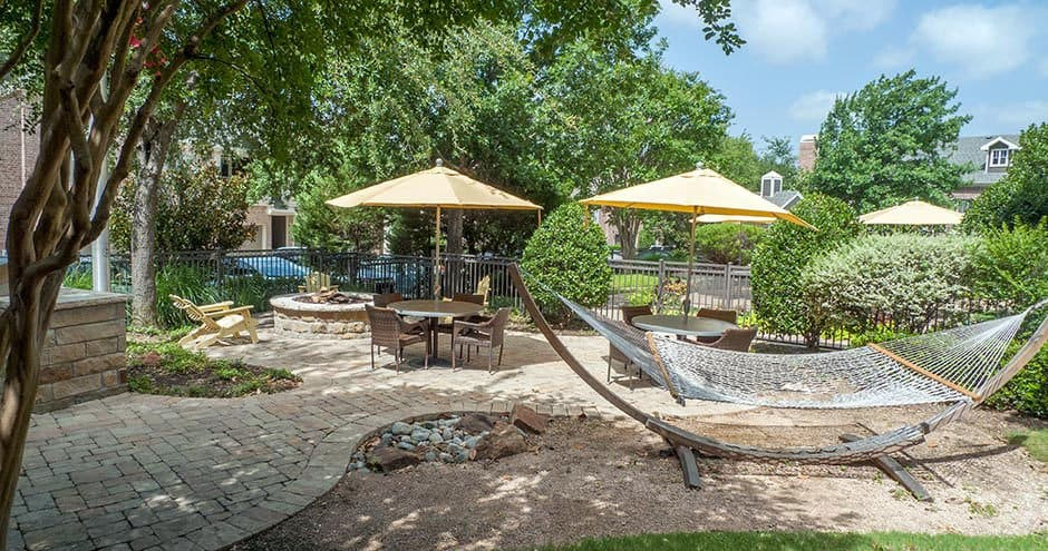 Bella Vida at Coyote Ridge offers a beautiful private patio in our Carrollton, Texas apartments
