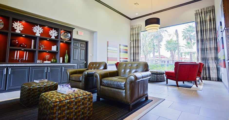 Bristol Place Apartments offers a spacious lobby in Baton Rouge, Louisiana
