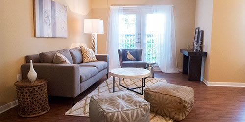 Stylish apartment interiors at Hawthorne Ridge Apartments in Conroe