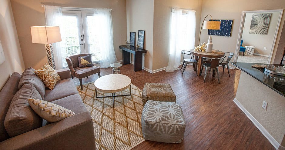 Beautiful living room at Hawthorne Ridge Apartments in Conroe, TX