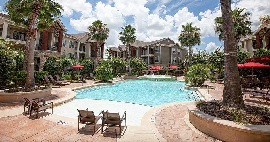 Beautiful swimming pool at Northgate Oaks Apartments in Houston, Texas