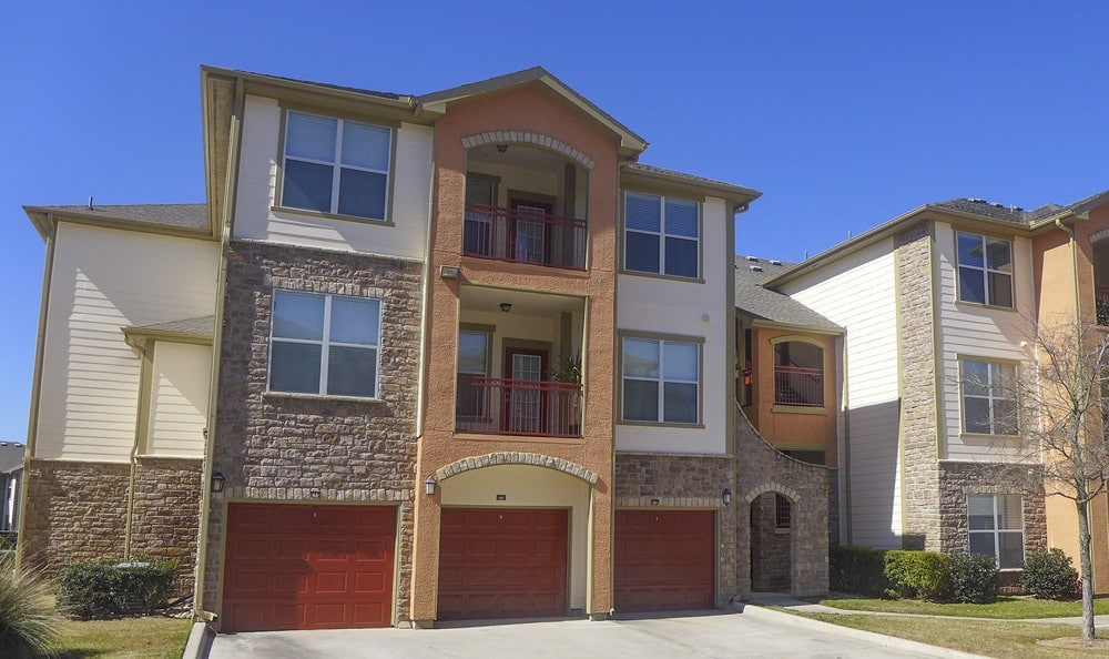 Extra garage feature on some apartment buildings at The Fountains of Conroe.