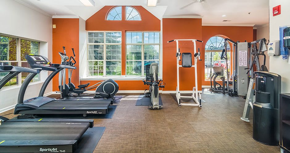 Beautiful fitness center at apartments in Westmont, IL