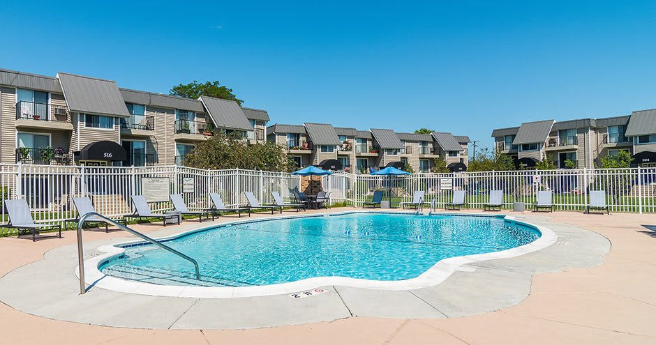 Beautiful swimming pool at apartments in Waukegan, IL