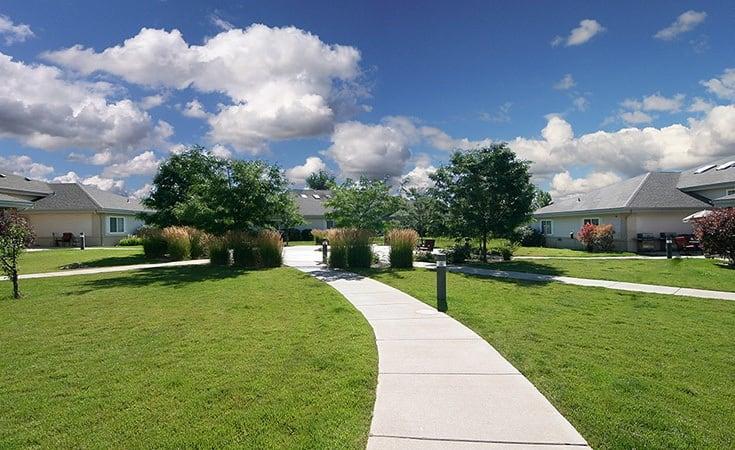 Courtyard at Regency Columbia Village
