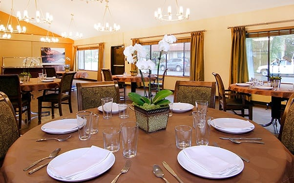 Regency North Bend Rehabilitation and Nursing Center in North Bend, WA, has terrific dining options.