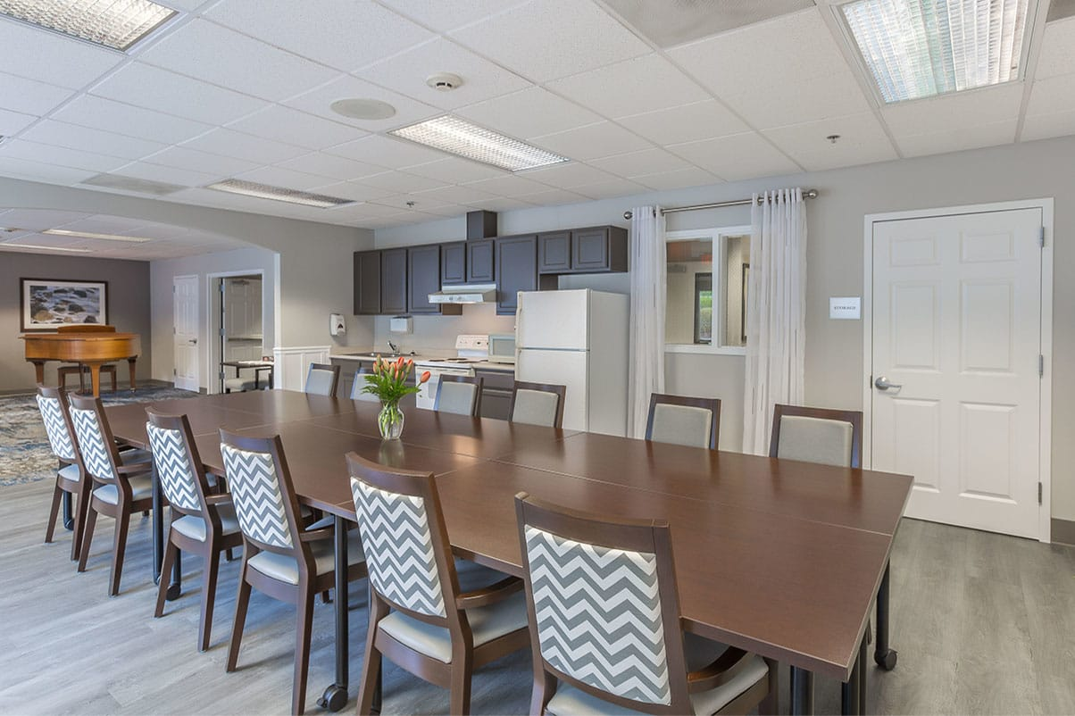 Spacious common area at senior living in Oak Harbor, Washington