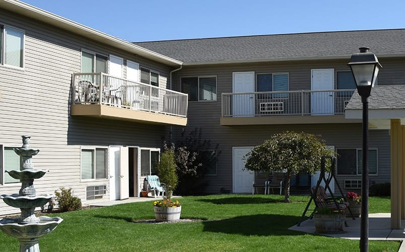 Beautiful courtyard at Senior living community in Prosser, Washington