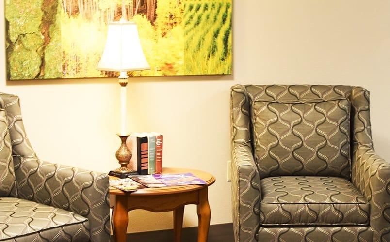 Cozy sitting room at Senior living community in Prosser, Washington