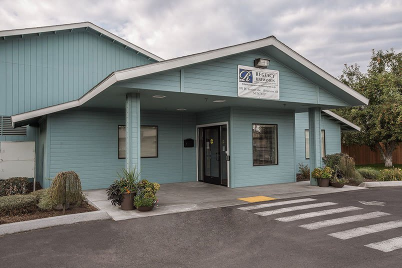 Photo tour of Regency Hermiston Nursing and Rehabilitation Center in Hermiston, Oregon