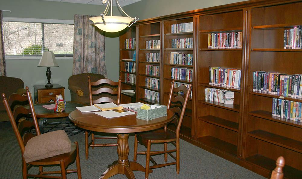Library for residents of Euclid Hill Villa apartments in Euclid, OH