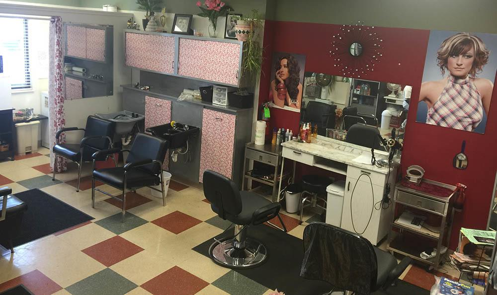 Euclid Hill Villa offers a beauty salon