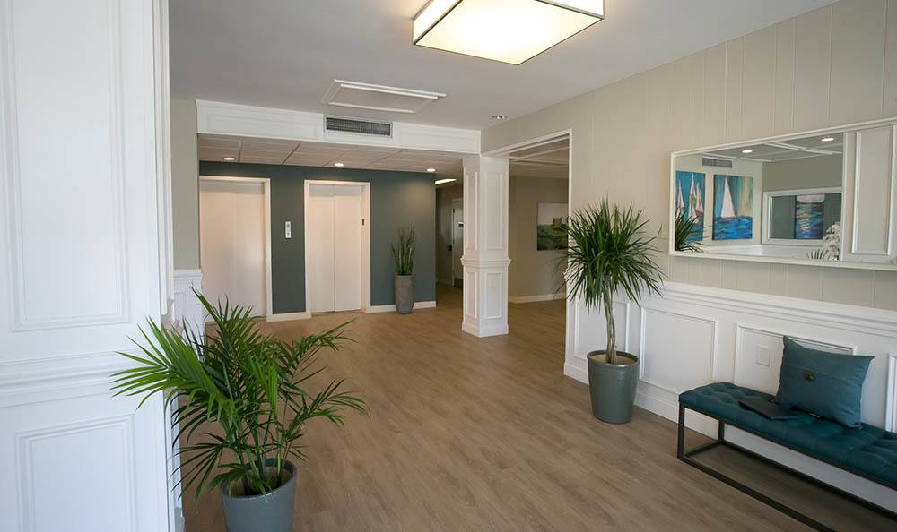 Winter Haven Senior Apartments relaxing common room