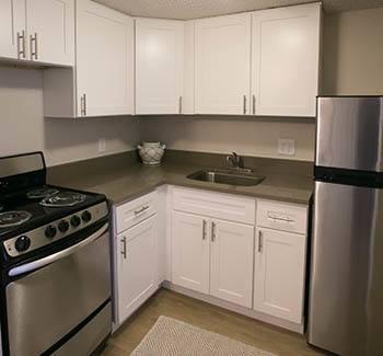 Modern kitchens at senior apartments in Winter Haven, FL
