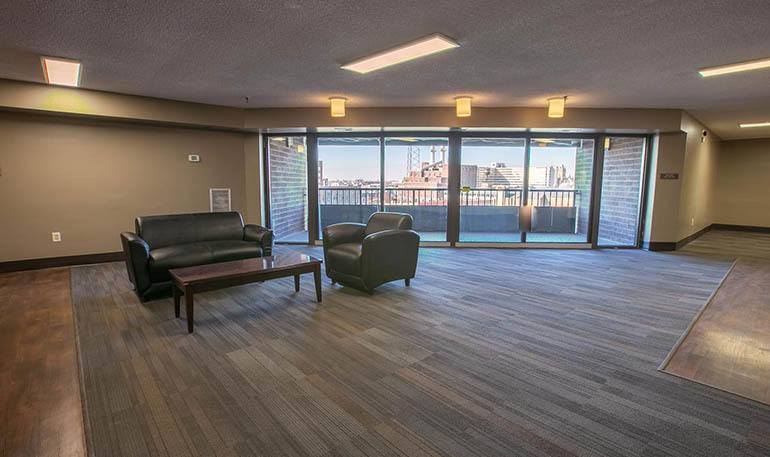 Senior apartments in Detroit have a modern common room