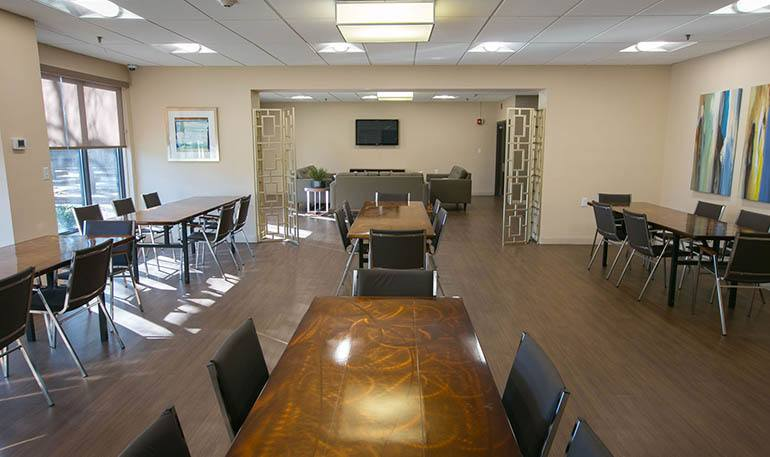 Detroit Senior Apartments has a relaxing Common Room