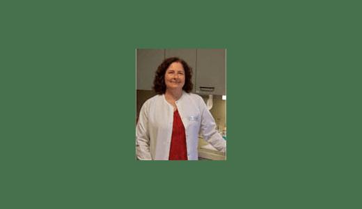 Dr. Lynn Schmeitzel at Staunton Hospital Animal