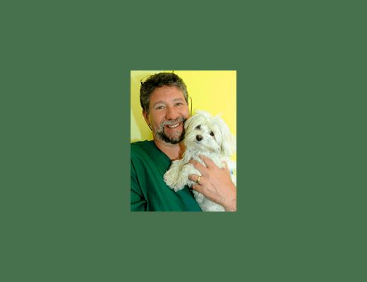 Doctor Steven Kasanofsky at  Riverside Animal Hospital North
