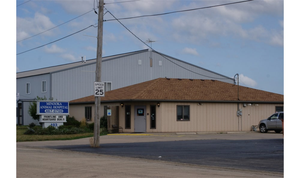 An exterior view of our cheerful and welcoming animal clinic in Minooka Animal Hospital