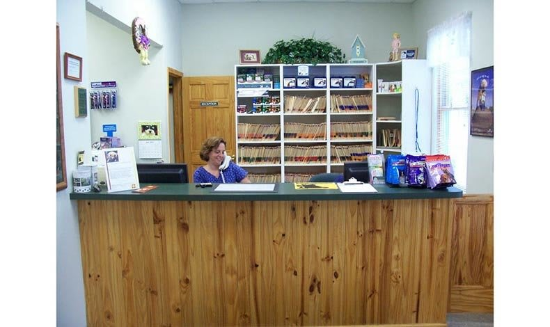Front desk at Marbletown Animal Hospital in Stone Ridge, NY