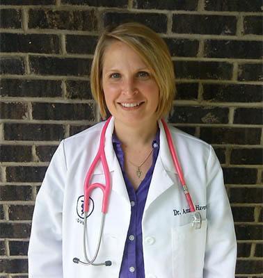 Amanda Havens, Managing DVM at Elkhart Animal Hospital
