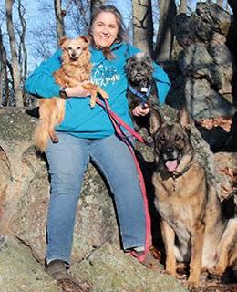 Theresa Adomis, Veterinary Technicians at York Animal Clinic