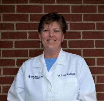 Dr. Karen Hendrickson at Animal Medical Clinic - Wheaton