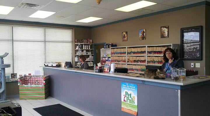 Caton Crossing Animal Hospital front desk 1