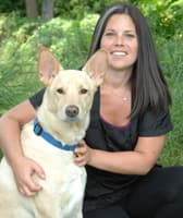 Groomer Charna at Thiensville-Mequon Small Animal Clinic in Thiensville