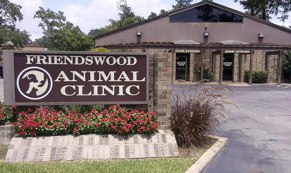 Friendswood Animal Clinic Signage In Friendswood