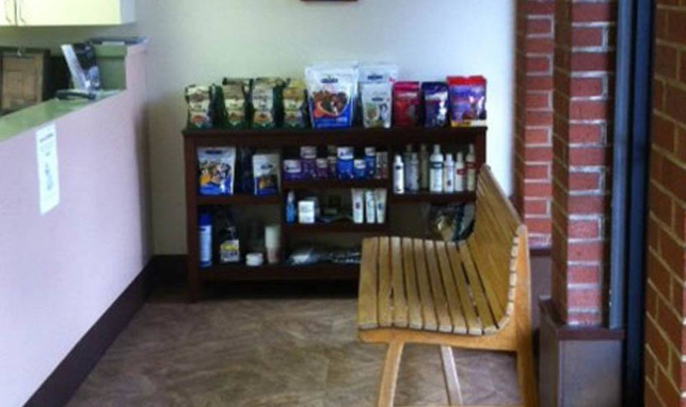 Pet Samaritan Clinic Lobby Area