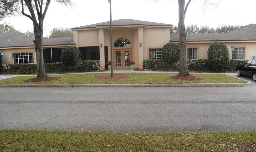 Entrance Of Senior Living In Lakeland Florida