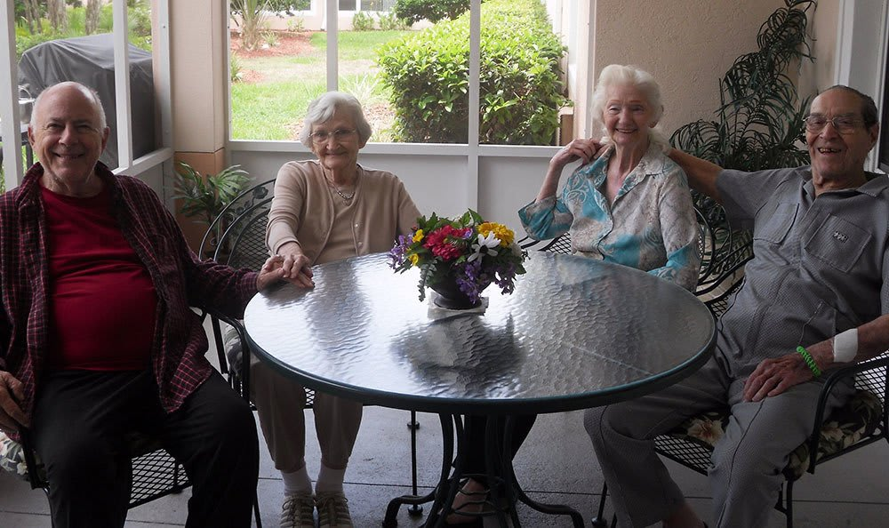 Happy couples at Savannah Court of Brandon