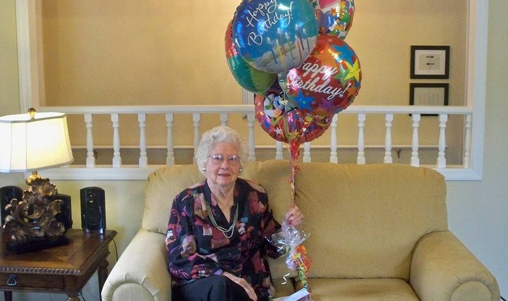 Resident birthday party at senior living in Milledgeville