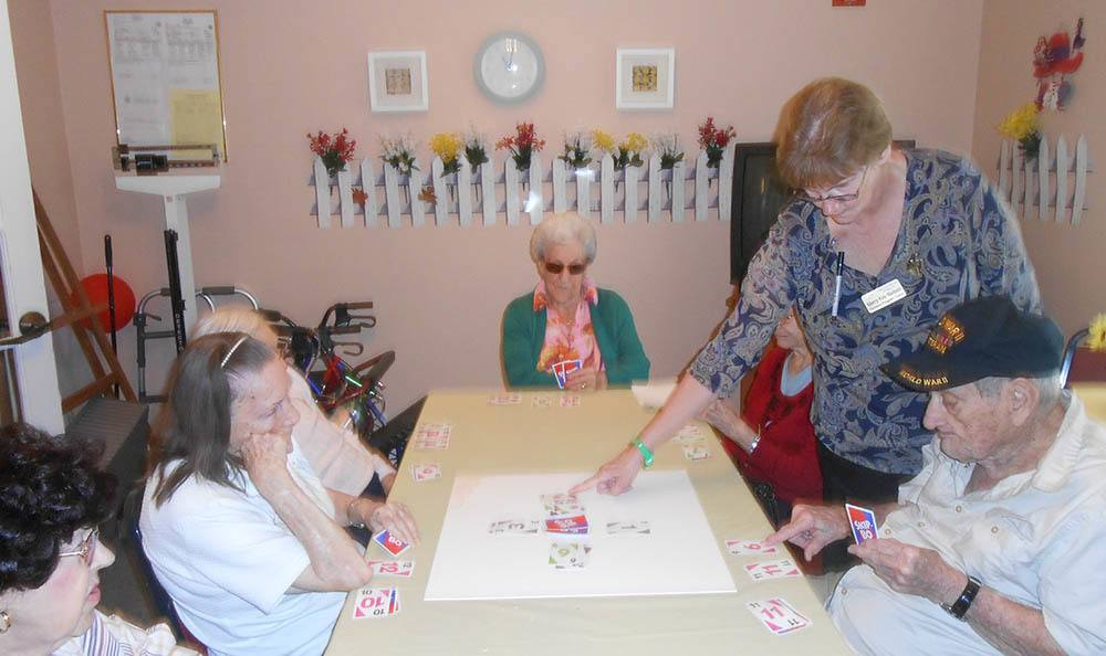 Crafts with residents at Savannah Court of Orange City