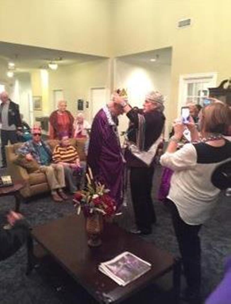 Mardi Gras King at Savannah Grand of Bossier City Senior Living