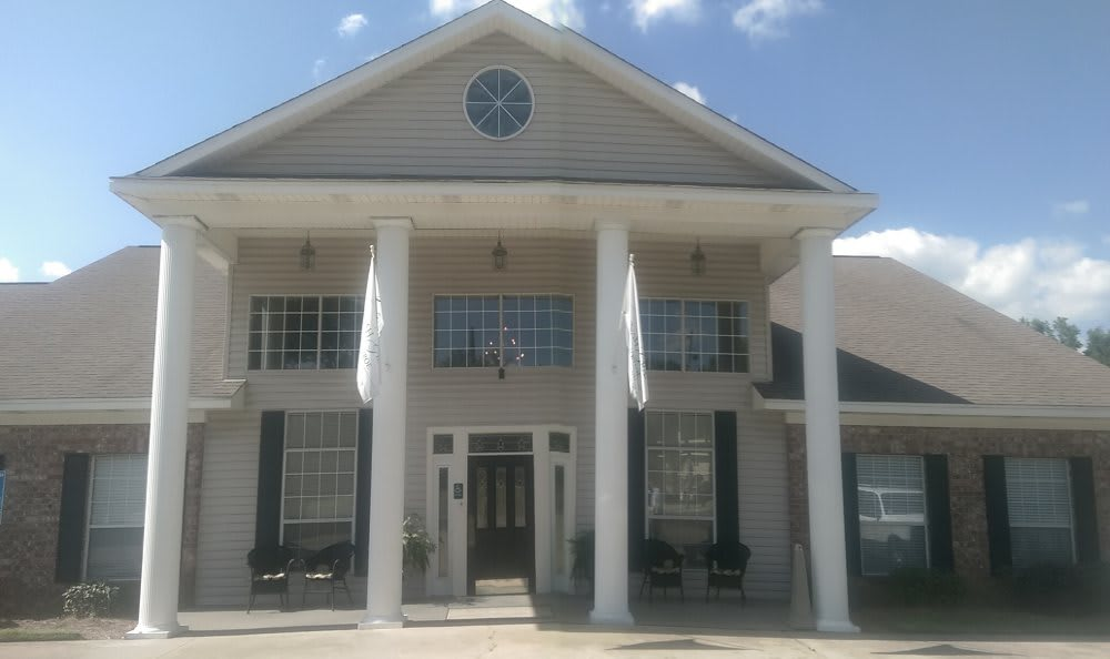 Front of Savannah Grand of West Monroe Senior Living