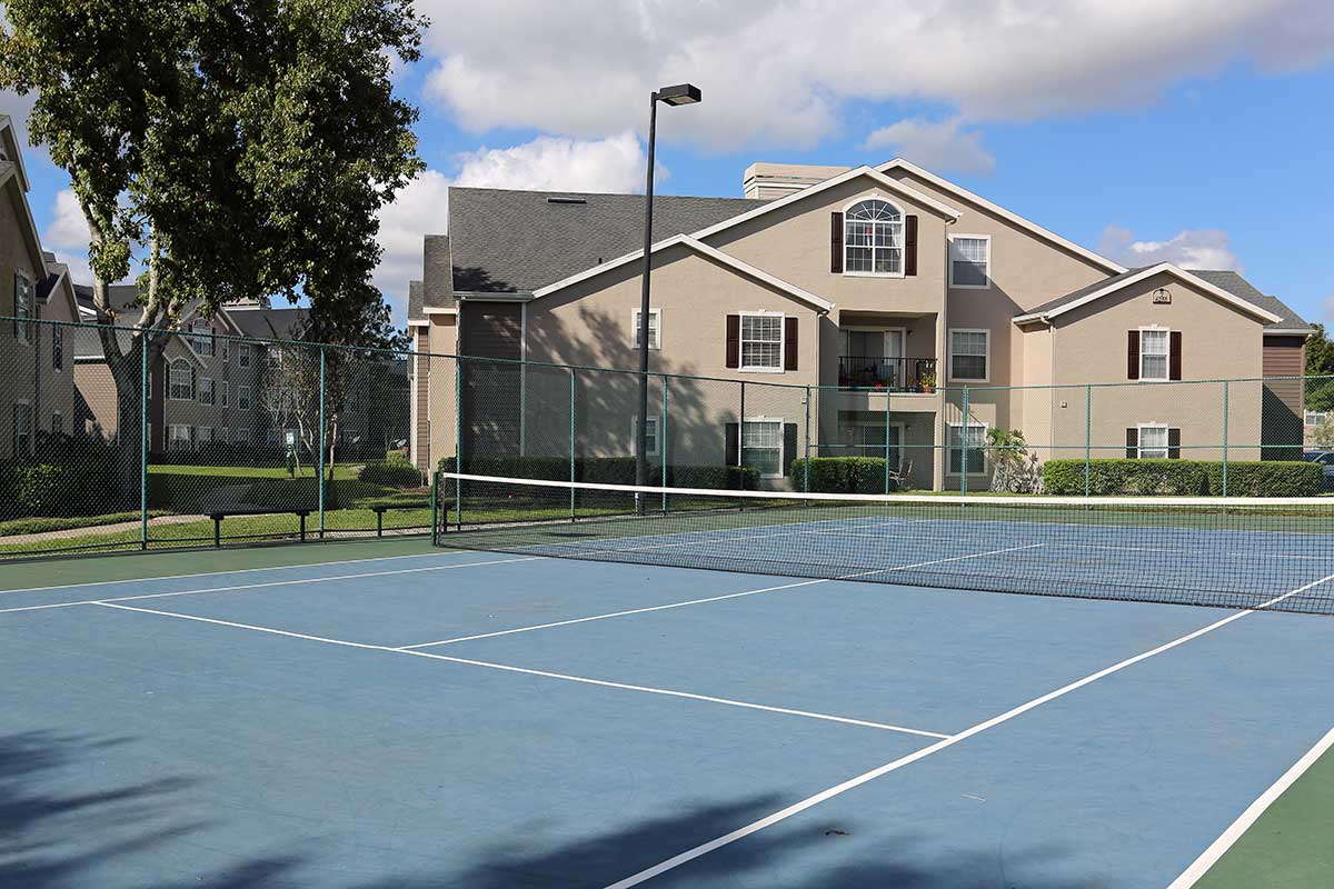 The Grand Reserve at Lee Vista tennis court in Orlando, FL