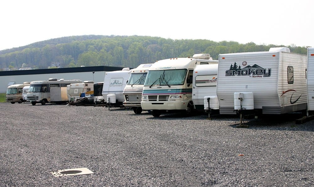 Boat, RV and Vehicle parking at Storage World