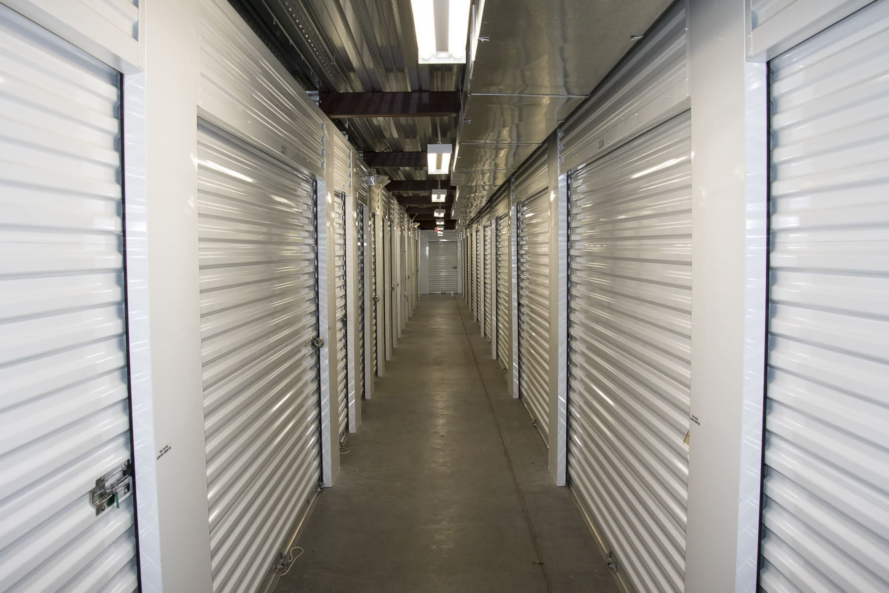 Our facility's features at Storage World