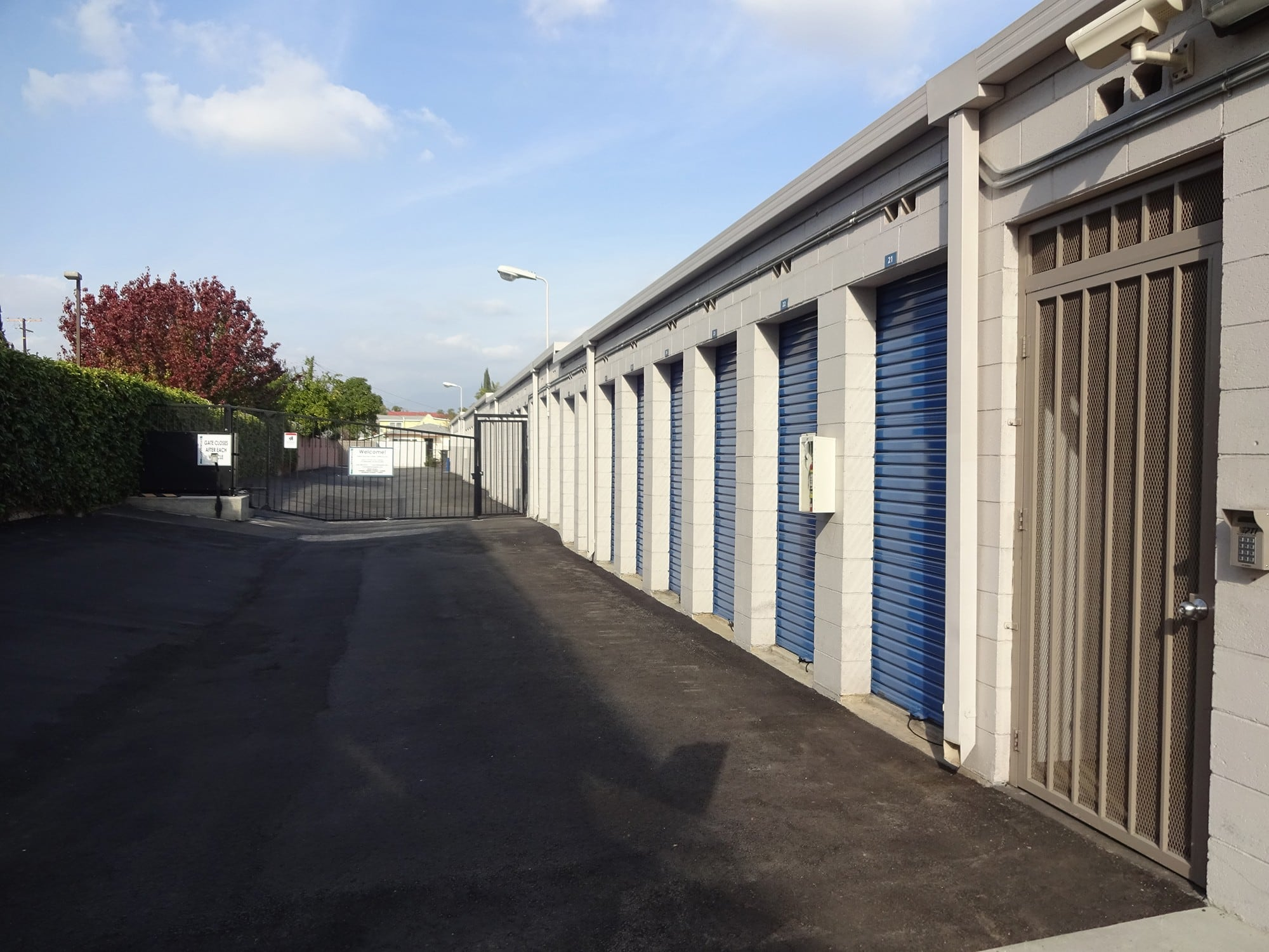 24-Hour Access Drive Up Storage Units at Storage Etc... Rosemead