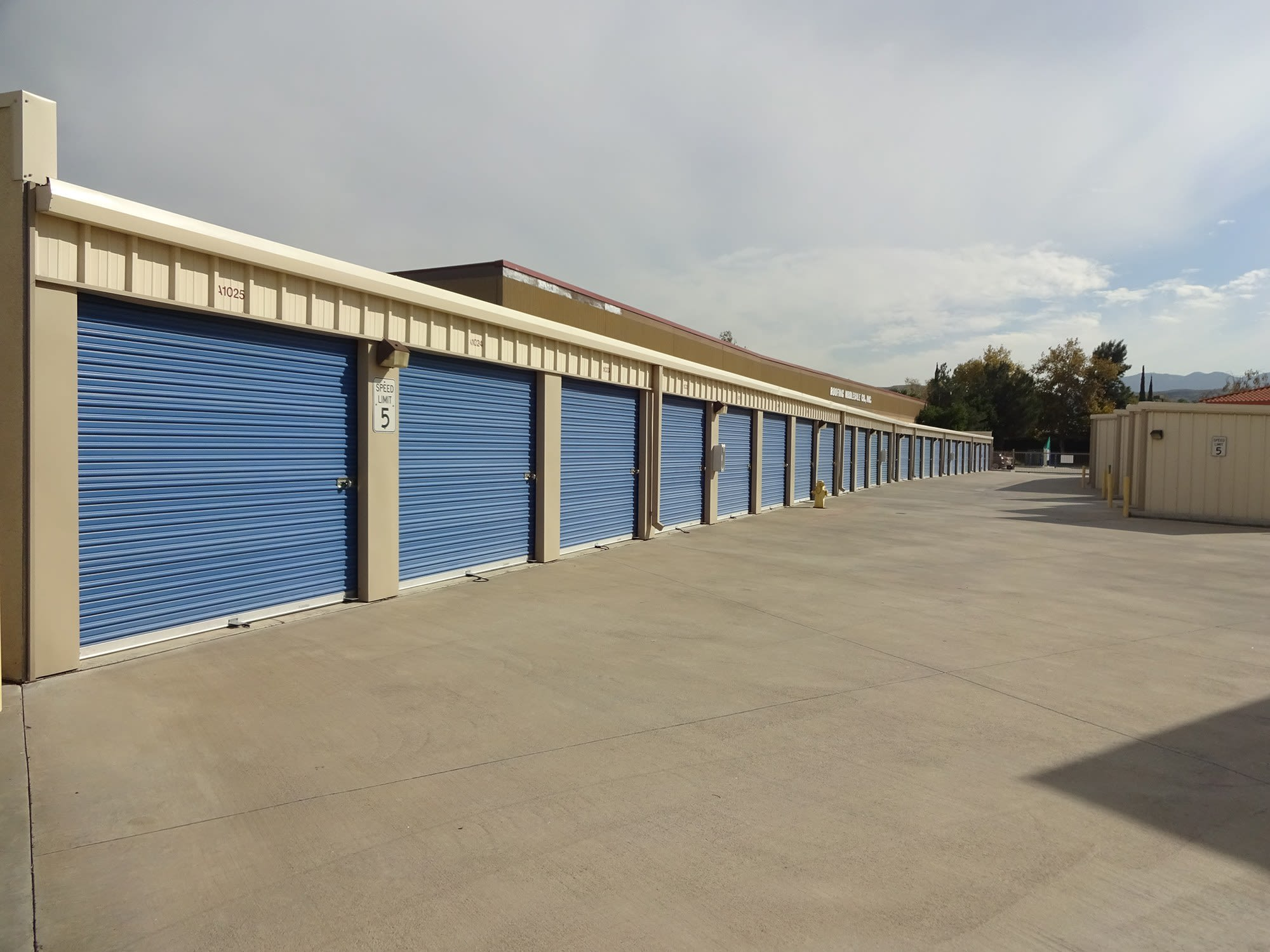 Drive Up Storage Units at Storage Etc... San Bernardino